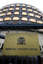 http://noticias.terra.es/2010/mundo/0408/fotos-media/el-constitucional-convoca-un-pleno-el-14-de-abril-por-el-estatut.jpg